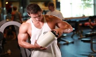 Протеїновий коктейль для набору маси і росту м`язів