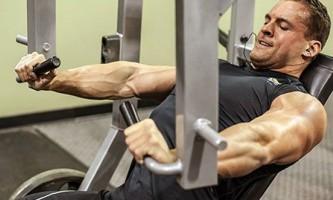 Жим від грудей в хаммері - формуємо пекторальние м`язи